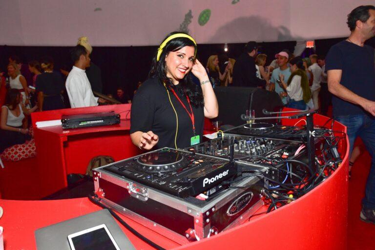 SoundCloud debuts 'fan-powered royalties' for emerging artists – Input