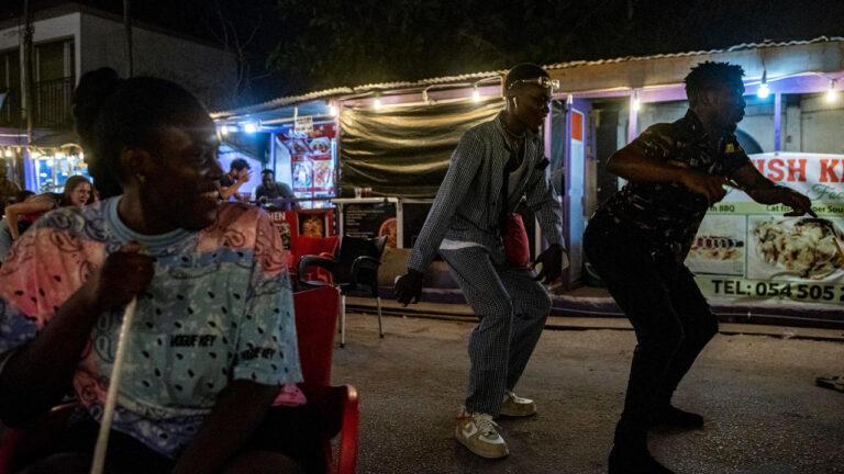 Afrobeats put Ghana back on international music scene – FRANCE 24