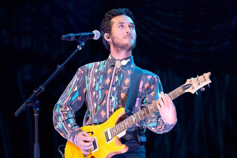 Laine Hardy Reveals Surprising Dream Career Outside of Music – Taste of Country