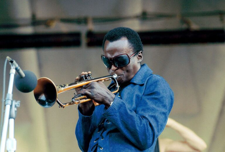 How Miles Davis electrified jazz – Salon